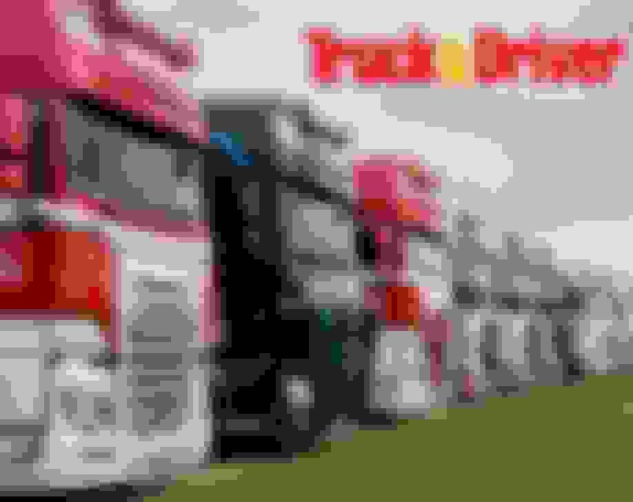 Show Trucks - Sun & Mon
