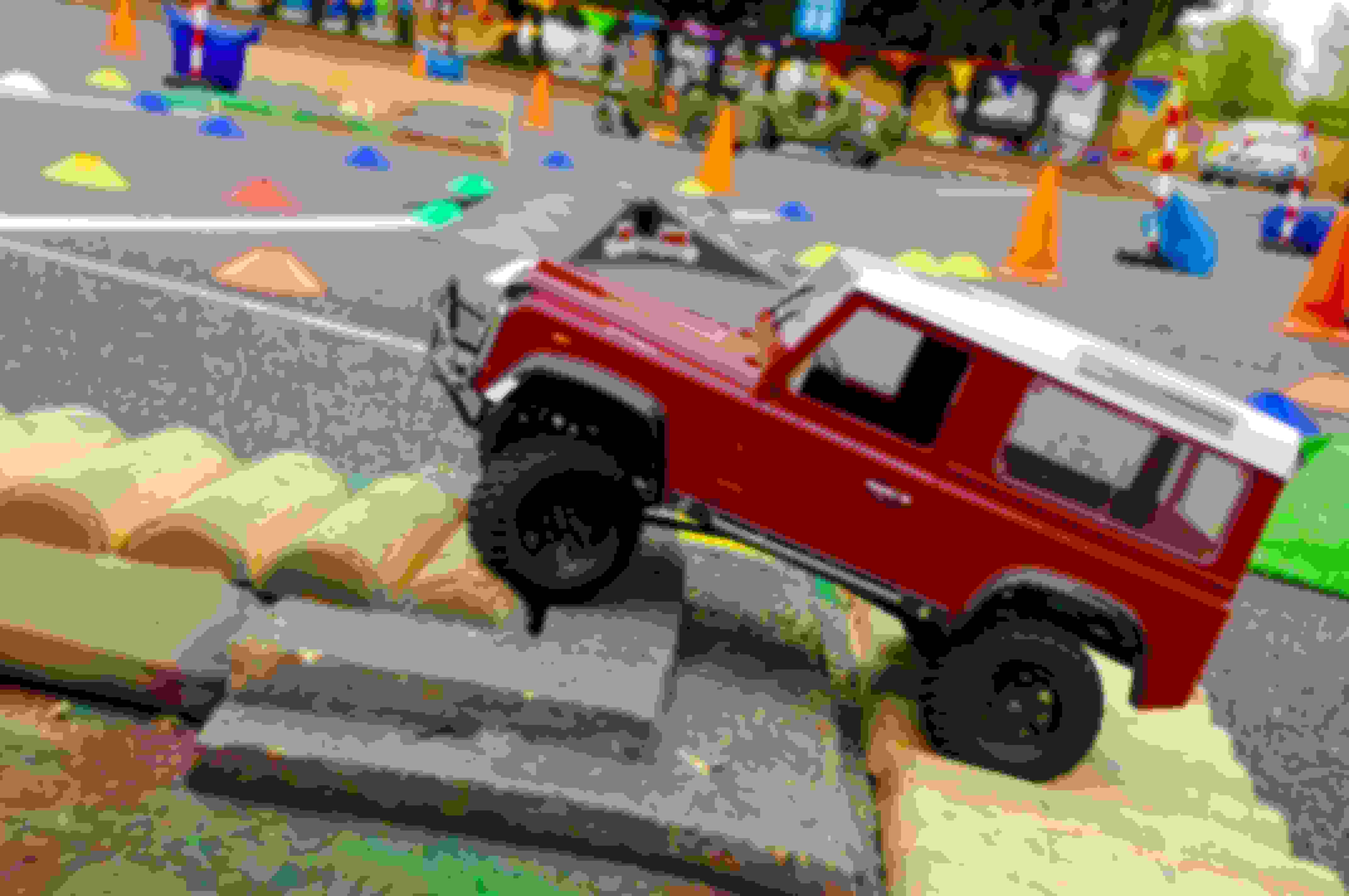 Remote Control Land Rovers - SUN